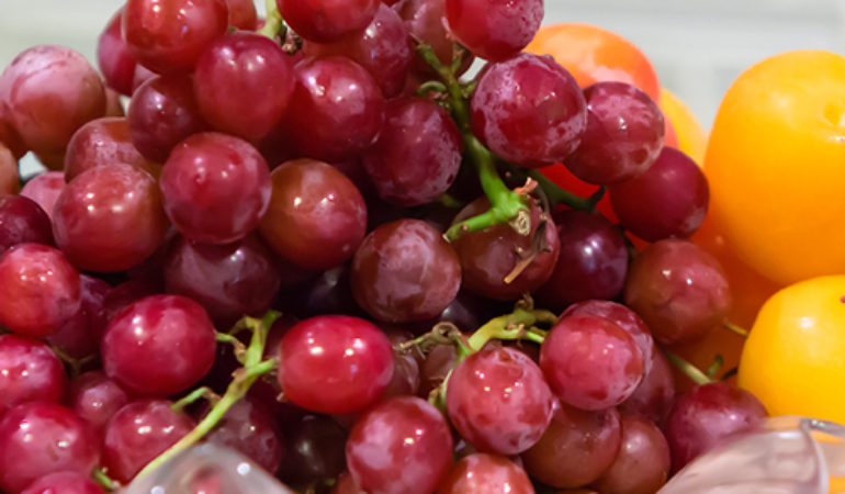 BC-red-grapes-thumbnail